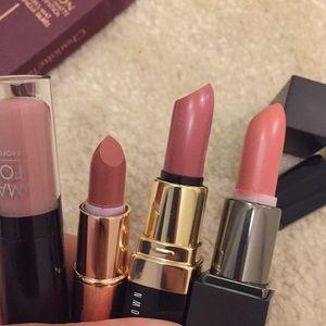Nude lipstick bundle